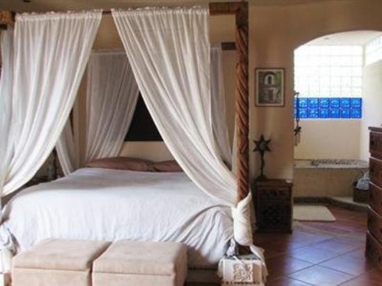 Hacienda De Los Milagros: Other Hotel Services/Amenities