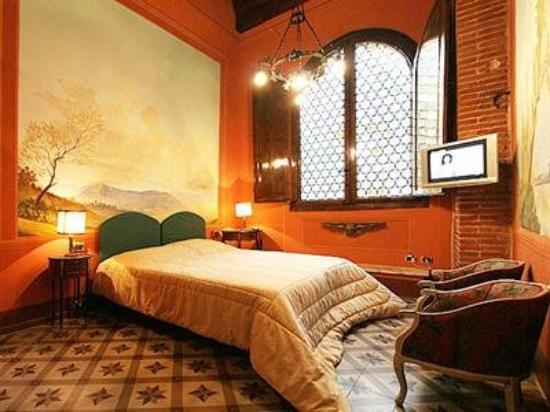 Photo of B&B L'Antica Bifore Lucca