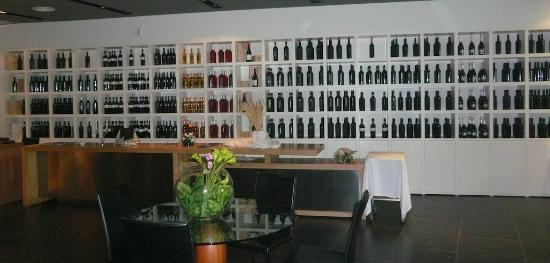 Osteria Vinosia: Wine for tasting and selling