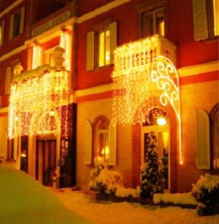 Eden Hotel: Exterior View
