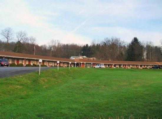 Photo of Beaver Falls Motel