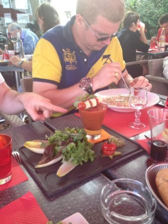 La Bourse : gaspacho et raviolis carbonara