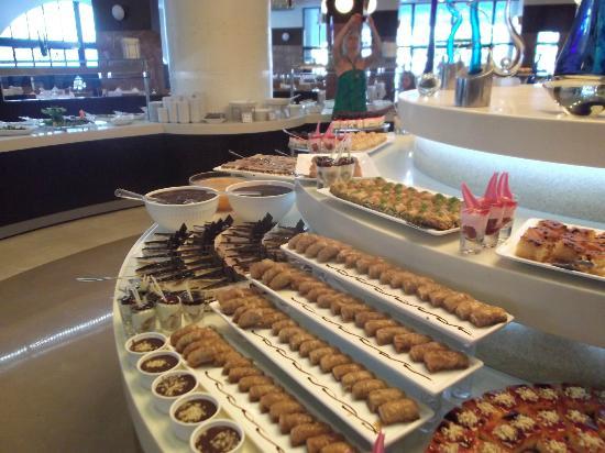 Titanic Beach Lara Hotel: dessert