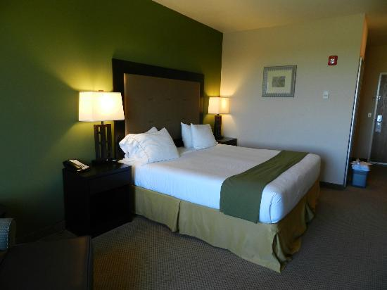 Holiday Inn Express Hotel & Suites North Sequim: Zimmer
