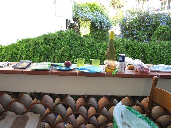 Hotel Villa La Malouine: little dinner on the balcony