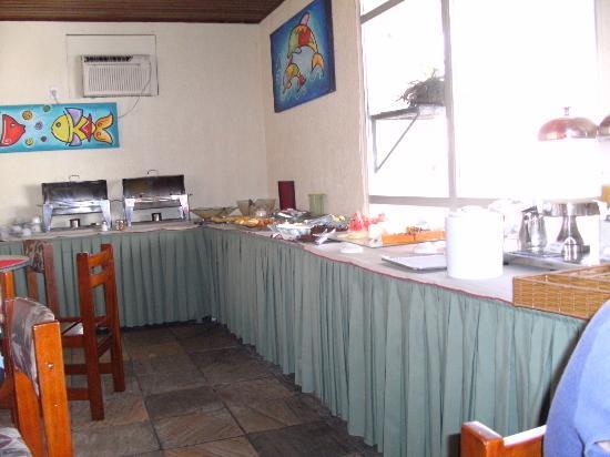 Hotel Itapoa Praia: Sala do café