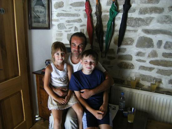 Pension am Schneiderturm: The Owner of the pension with neighbor's kids..