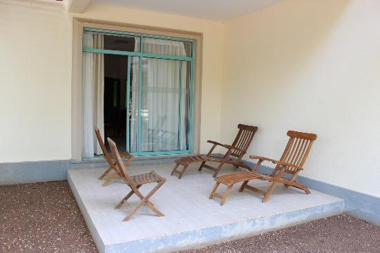 Mandara Rosen: Private porch outside the room