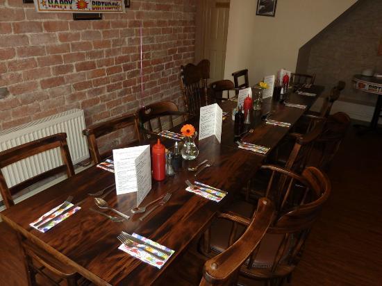 Capplemans Fish & Chips Restaurant: Table Setting 2