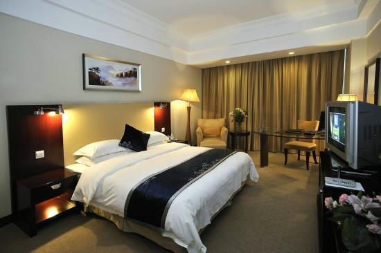 Yun Tai Hotel: Room