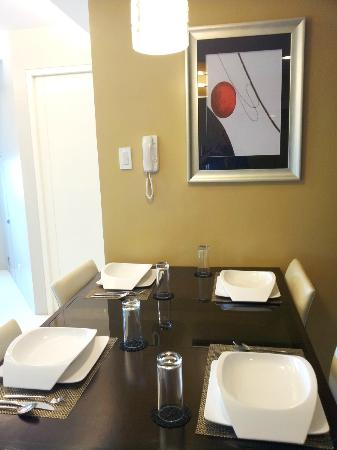 The Exchange Regency Residence Hotel: Dining Area