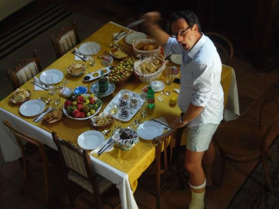 Residenza D'Epoca San Lorenzo Tre: toller Frühstückstisch mit interessanten Gästen