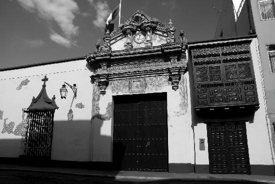 Casa Ganoza Chopitea