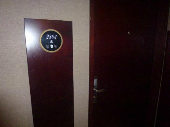 BEST WESTERN Mangga Dua Hotel and Residence: room 2803
