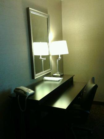 Holiday Inn Cincinnati Airport: Hotel