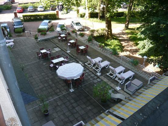 Hotel Bristol Thermal: Terrasse