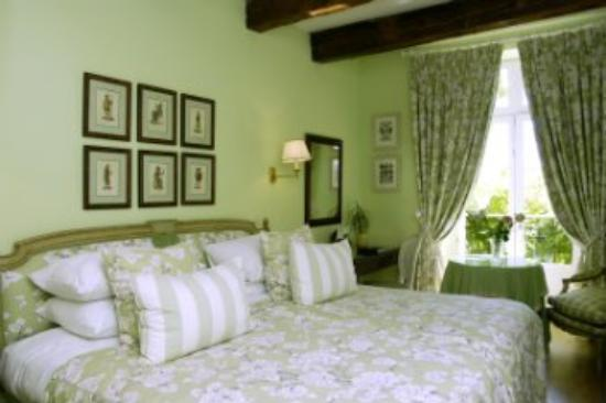 Hotel de Toiras : Deluxe Room With Garden View