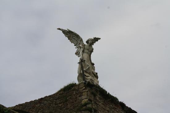 Cementerio de Comillas: El Ángel custodio