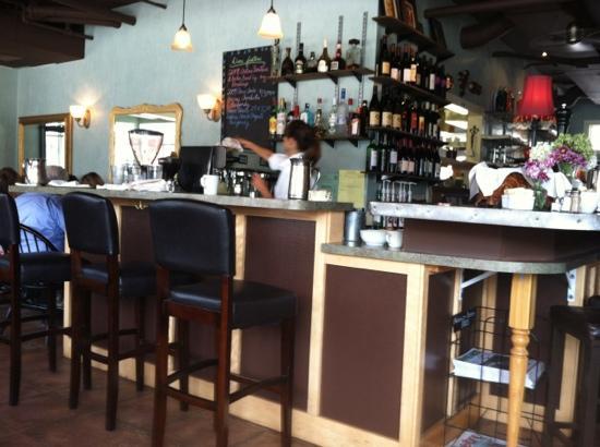 "Patisserie Amie: cafe ""Bar"""