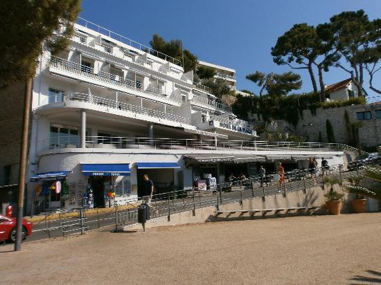 Hotel de la Plage Mahogany: Hôtel vue de la plage 