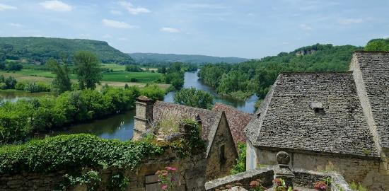 Bezenac, France: A view of the Dordogne valley from a nearby village