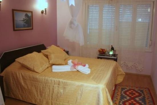 Alacati The Hotel: Kendinizi evinizde hissedeceğiniz odalarımızdan biri