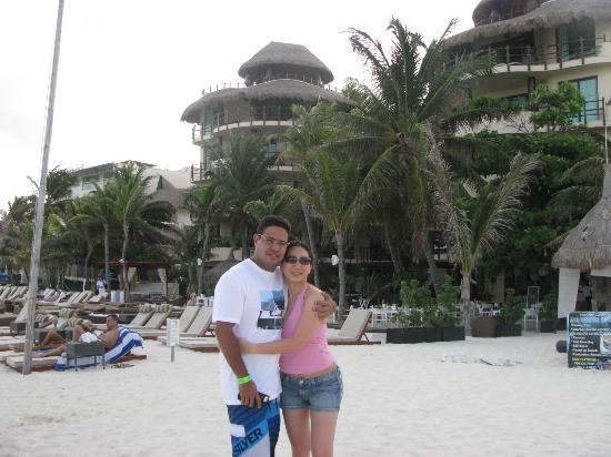 كلوب يبو هوتل: Playa al frente del Hotel Club Yebo 