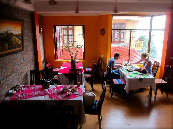 Casablanca Hotel: Dining Room