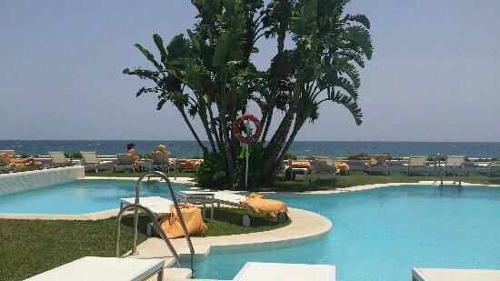 IBEROSTAR Marbella Coral Beach: beach club