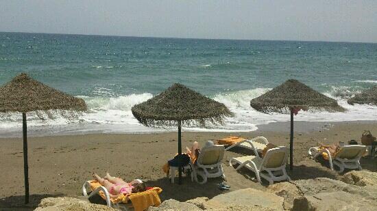 IBEROSTAR Marbella Coral Beach: hamacas del beach club