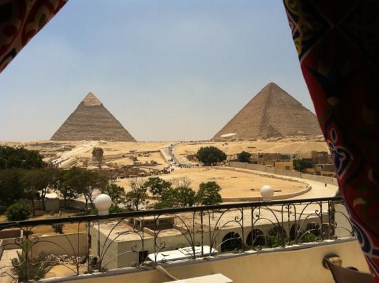 Pyramids View Inn: vue de la terrasse