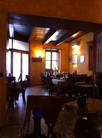 Morano Calabro, Italia: la sala ristorante
