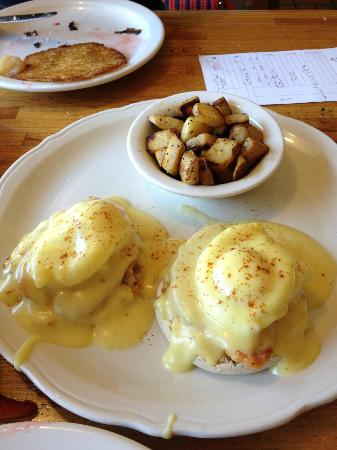 Original Pancake House: Egg benedict