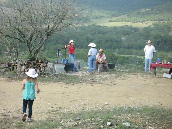 Dixie Dude Ranch: COWBOY BREAKFAST 