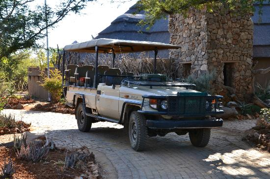 Rhulani Safari Lodge: Safari truck