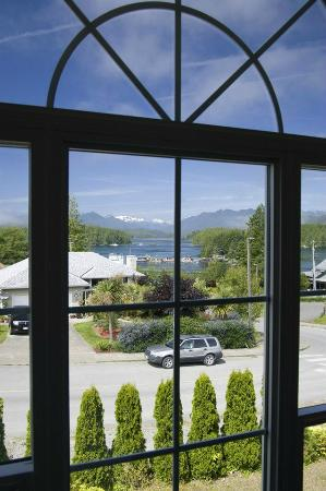 Adventure Tofino B&B: Great view!