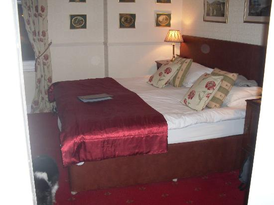 Middle Ruddings Country Inn: A small view of a room