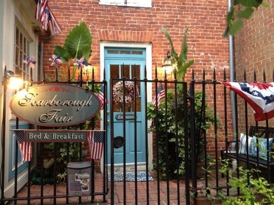 Scarborough Fair Bed & Breakfast: entrance