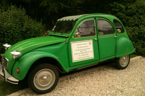 Aux Quatre Saisons: Paul and Val's Citroën 2CV. Not just for