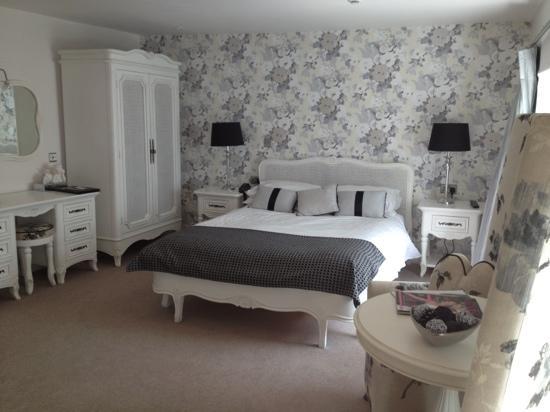 Emlyn Hotel: Gwenllian Suite