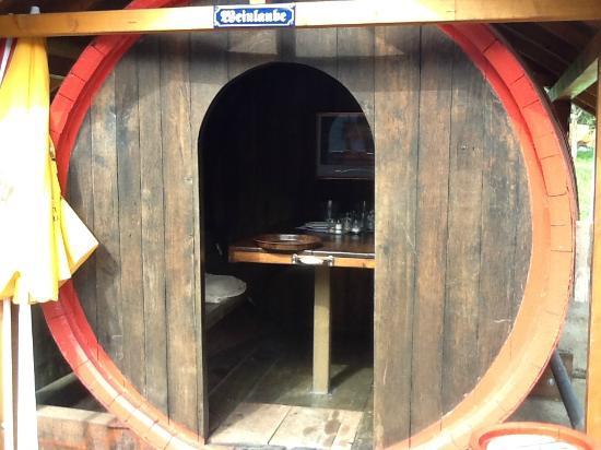 Dining in Indoor and Outdoor wine barrels - Bild von Küferschänke ...