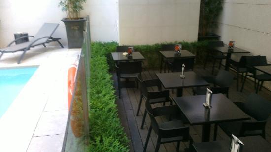 Amador De Los Rios: Pool Area/Terrace