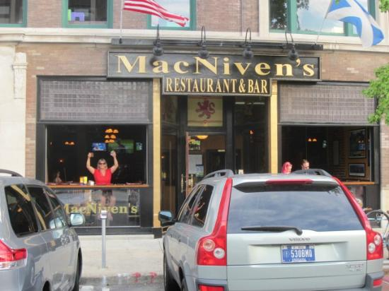 MacNiven's: A full view of the front of the Restaurant.