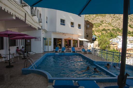 Hotel Parador: Zwembad