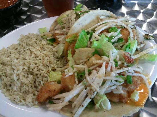 Jojutlas Mexican Grill: Fish Tacos with Jicama Radish Slaw