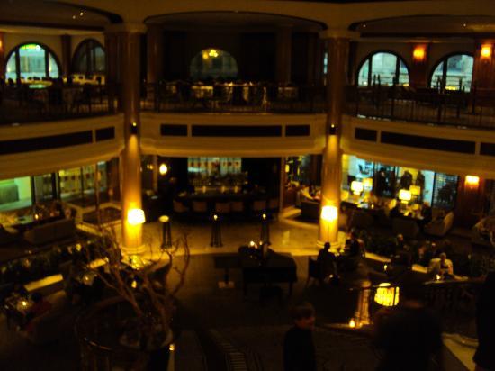The Westin Grand Berlin: Lobby bar.