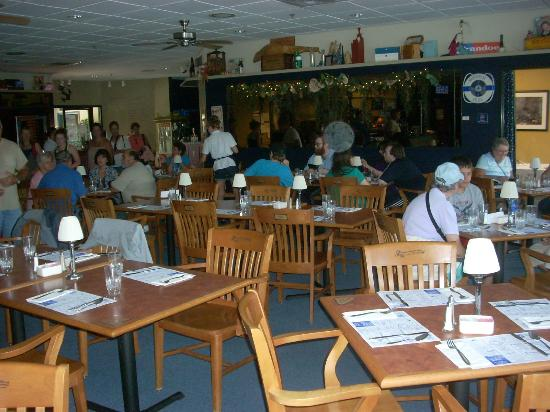 Waterfront Grille: Seating and table arrangements are comfortable