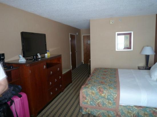 Best Western Plus Inn at Valley View: Zimmer
