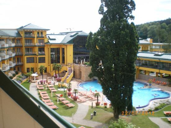 Paradiso Hotel: Innenhof mit Hotel-Pool
