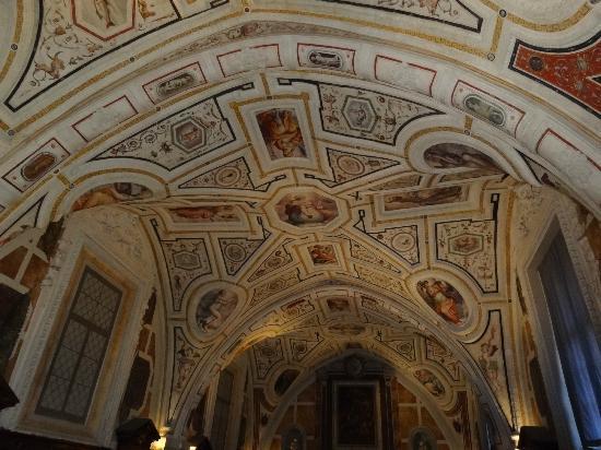 Complesso Monumentale Sant'Anna dei Lombardi (Monteoliveto)